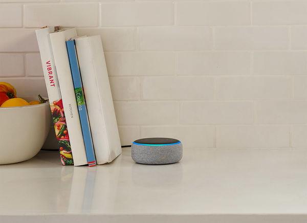 L'enceinte intelligente Amazon Echo Dot (3e génération)