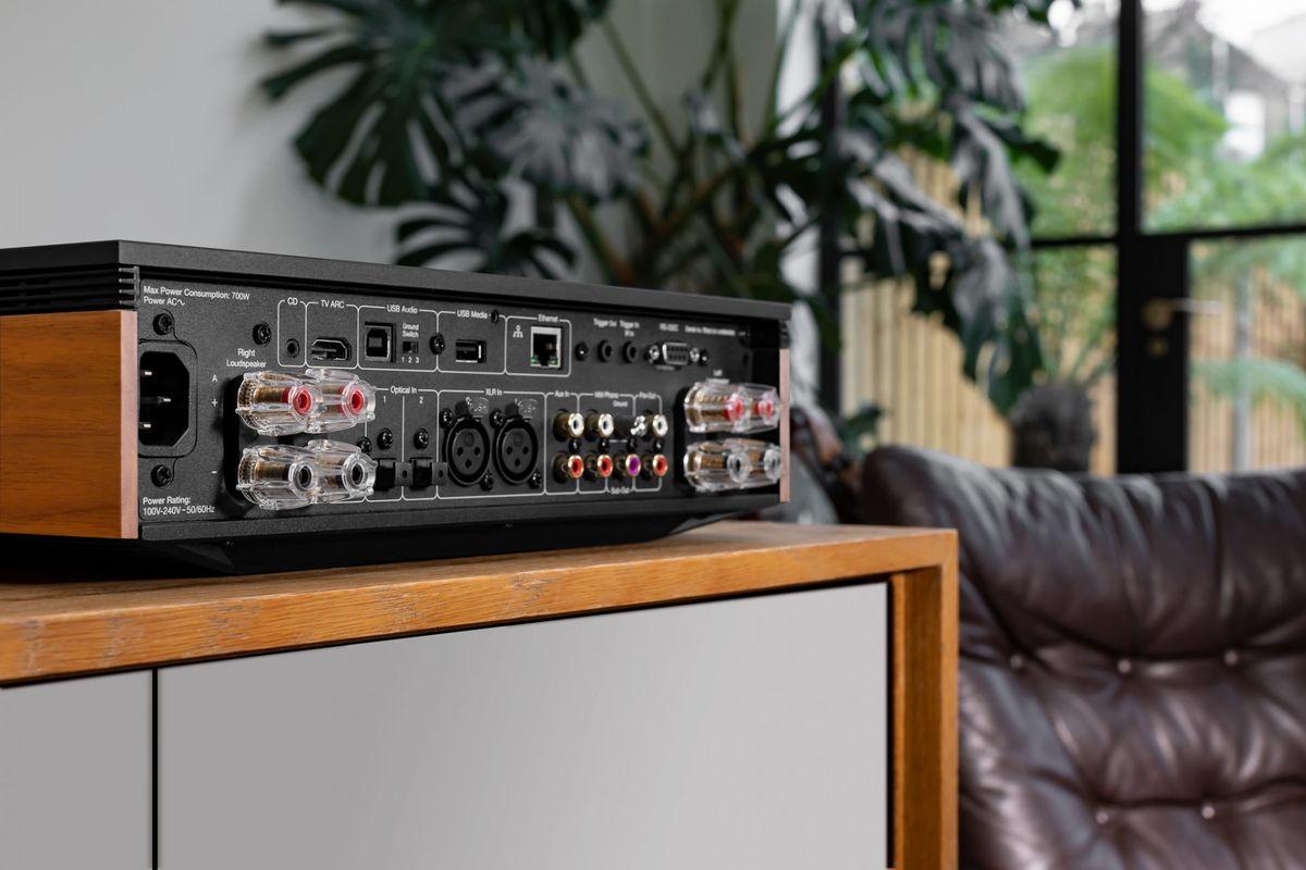 Ampli Cambridge EVO 150