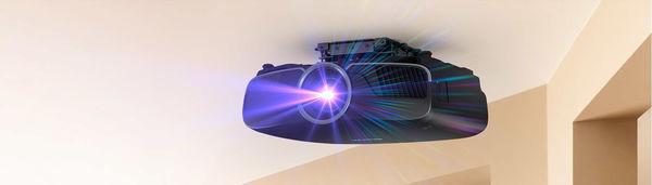 Le vidéoprojecteur Epson-EH-TW9400 peut être installé au plafond.