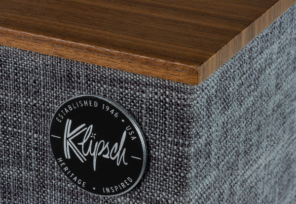 Enceinte intelligente Klipsch The Three With Google Assistant : vue de détail