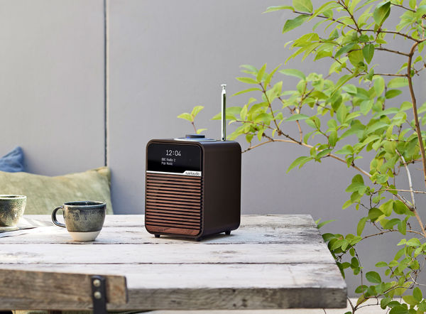 Radio réveil Ruark Audio R1 MK4 : design