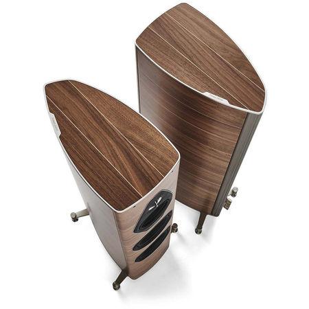 L'enceinte Sonus Faber Olympica Nova III conjugue une esthétique soignée avec des qualités acoustiques exceptionnelles.