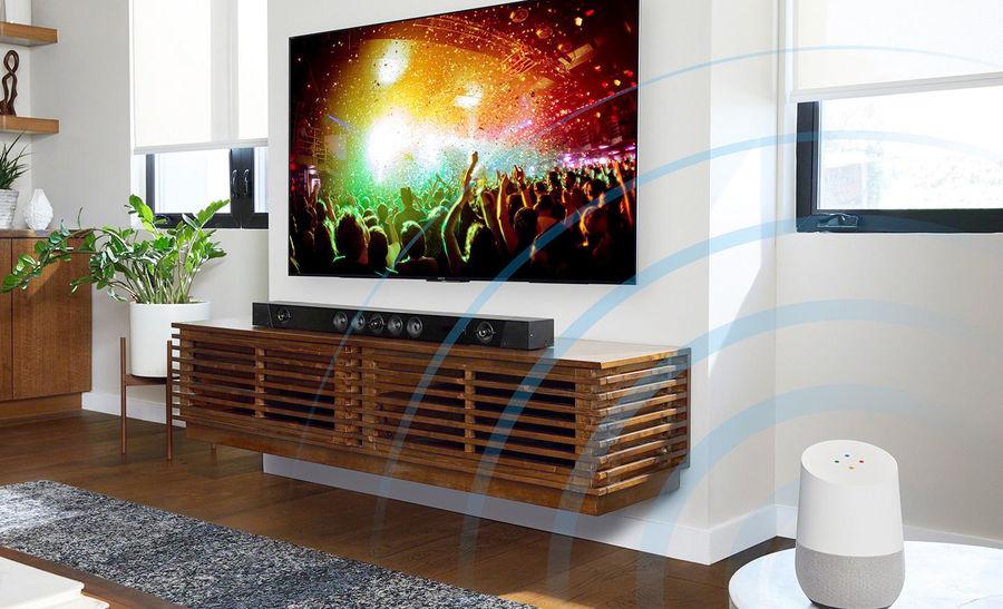 Contrôle d'une TV connectée avec Google Assistant via une enceinte Google Home