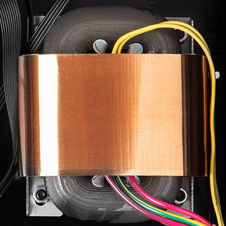 Zappiti Pro 4K HDR : transformateur de type R-Core