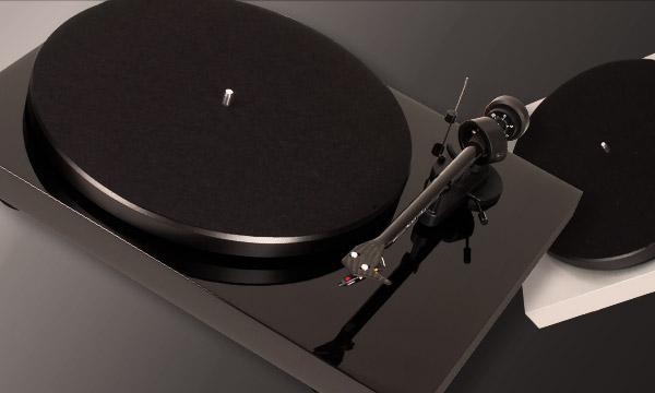 Installer une platine vinyle Pro-Ject Debut
