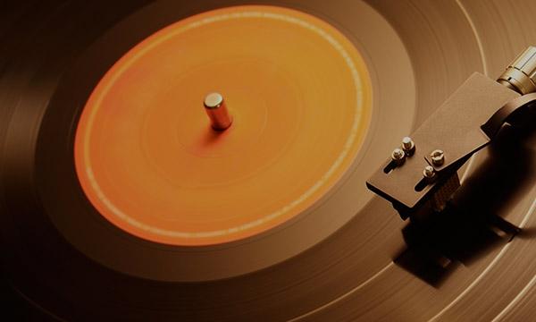 Pourquoi le vinyle sonne t-il si bien ?