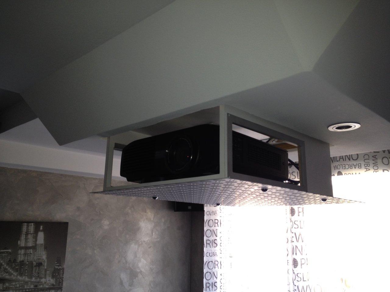 L installation home-cinéma de Frédéric J. a6c4f124332c