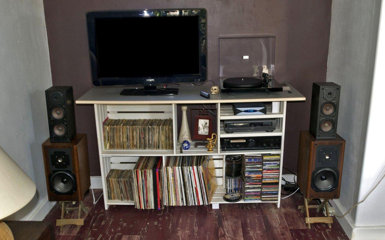 l installation hi fi de jos k. Black Bedroom Furniture Sets. Home Design Ideas